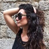 Oggi Veronica ci presenta DiorSignature S1U, un modello dal grande carattere, caratterizzato da un gioco di spessori raffinato e moderno, in grado di donare un tocco di esclusività ad ogni look. Provare per credere!  Trovi la collezione Dior in esclusiva a Siena da Ottica Ricci. . . . #otticaricci #leleganzadelricci #occhiali #optical #sunglasses #occhialidasole #dior #thelios #diorsunglasses #luxuryeyewear #eleganzafemminile #picoftheday #nofilter #lusso #womanstyle @veronicasimari