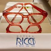 Ed ecco gli occhiali indossati dalla Signora Francesca: firmati Ottica Ricci i modelli di questa linea sono realizzati artigianalmente in Italia. Trovi l'esclusiva collezione nel nostro punto vendita di Banchi di Sotto e presto online. . . . #otticaricci #occhiali #occhialidavista #eleganza #madeinitaly #artigianatodiqualità #eyewear #occhialisartoriali