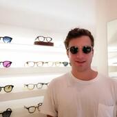 La #celebritiesotticaricci di oggi è Riccardo Mazzi che ha scelto Ottica Ricci per i suoi nuovi occhiali da sole Moscot Miltzen Citron Tortoise, la nuova colorazione che è già best-seller! Complimenti per la scelta 🔝 . . . . #otticaricci #otticariccisiena #occhiali #occhialidasole #sunglasses #moscot #moscotmoments #moscotmiltzen #moscotlemtosh #picoftheday #welovecolors #fullofcolors #menstyle