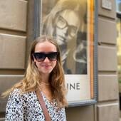 Marie ha scelto Celine CL4004IN 02D per i suoi nuovi occhiali da sole. Concediti l'eleganza di uno dei brand più esclusivi dell'eyewear, vieni a trovarci da Ottica Ricci o visita il nostro catalogo online.  #otticaricci #occhiali #occhialidasole #occhialidavista #eyewear #sunglasses #sienatuscany #celine #celinesunglasses #luxuryeyewear #picoftheday #girlstyle #womanstyle #celebritiesotticaricci