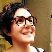 Nella vita tutto dipende da come si guarda. Per questo da Ottica Ricci scegliamo i migliori brand di occhiali e lenti di ultimissima generazione a marchio Zeiss. Per assicurati il massimo comfort visivo e incorniciare di bellezza il tuo sguardo! Passa a provare la nuova collezione Valentino e lasciati consigliare dai nostri esperti di stile e di benessere visivo. . . . #otticaricci #occhiali #occhialidavista #optical #eyewear #valentino #valentinoeyewear #modadonna #luxuryeyewear #zeiss #zeisslenses #occhialisartoriali #occhialiprogressivisumisura #siena #otticasiena #questionedisguardi